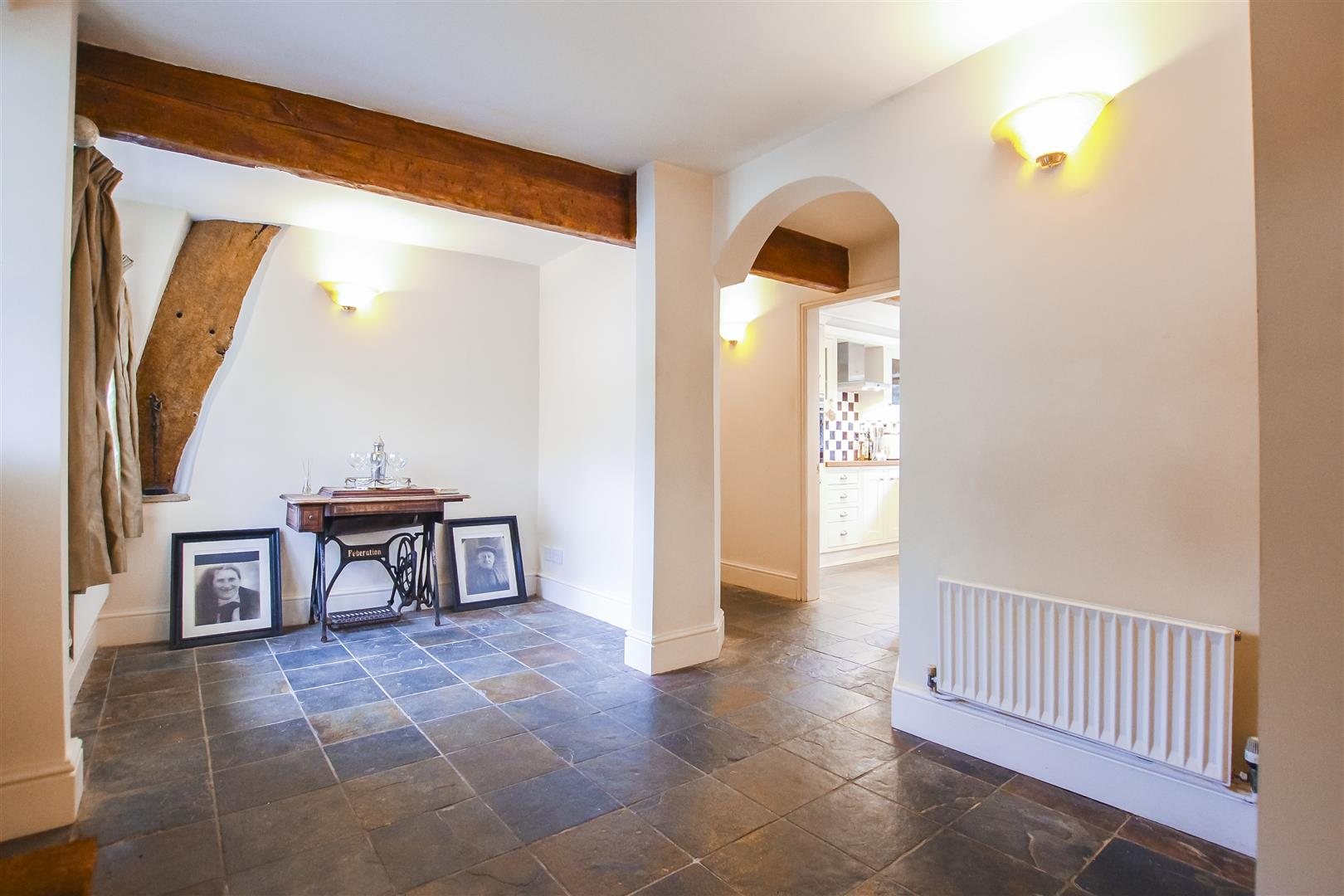 4 Bedroom Farmhouse For Sale - Image 34